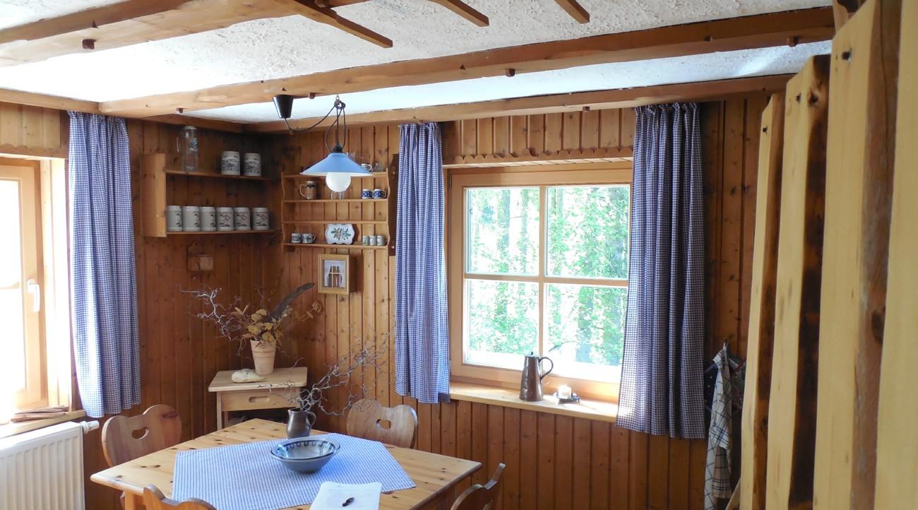 wochenendhaus kaufen in sterreich zweiwohnsitz in tirol. Black Bedroom Furniture Sets. Home Design Ideas