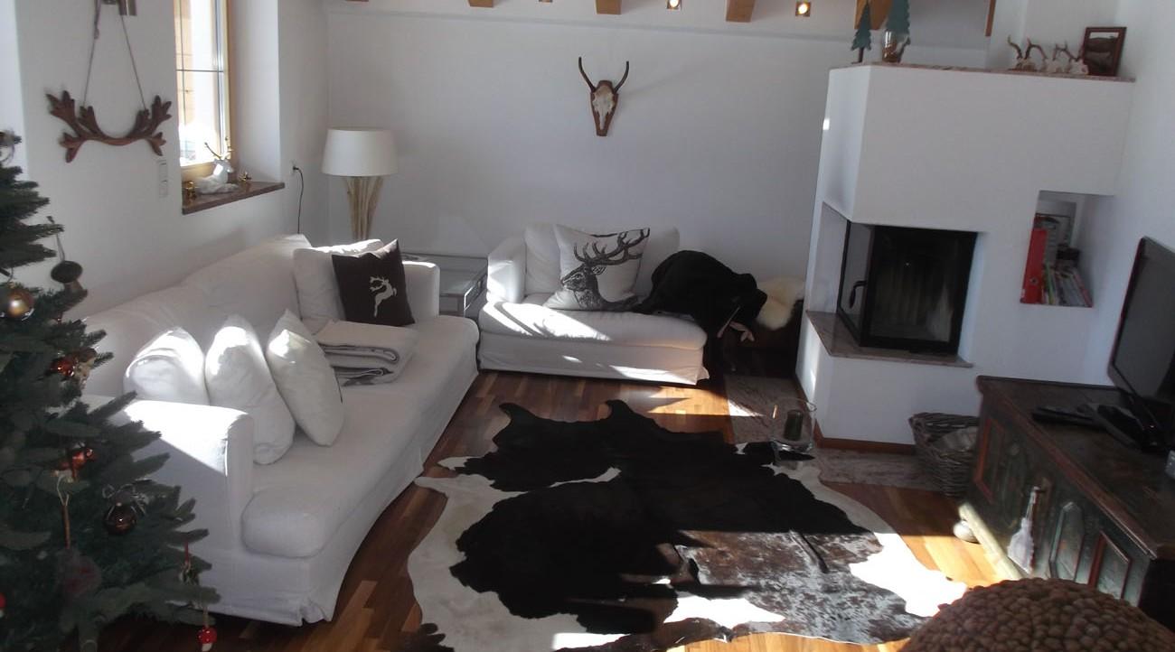 wohnung mieten kitzb hel in traumhafter alleinlage. Black Bedroom Furniture Sets. Home Design Ideas