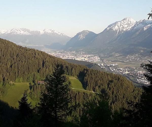 Berghütte kaufen in sagenhafter Alleinlage auf ca. 1.200m Höhe - Nähe Wattens