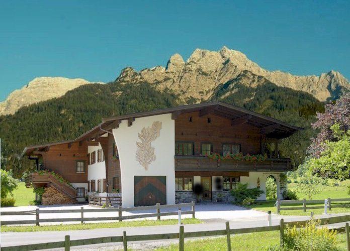 ferienwohnung-pachten-skigebiet-steinplatte-waidring-hausansicht