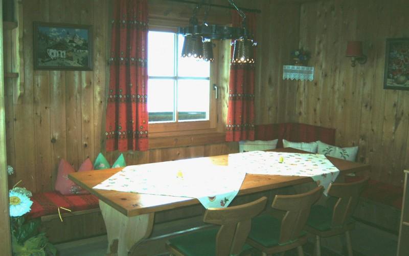 berghütte-pachten-tirol_Hausansicht