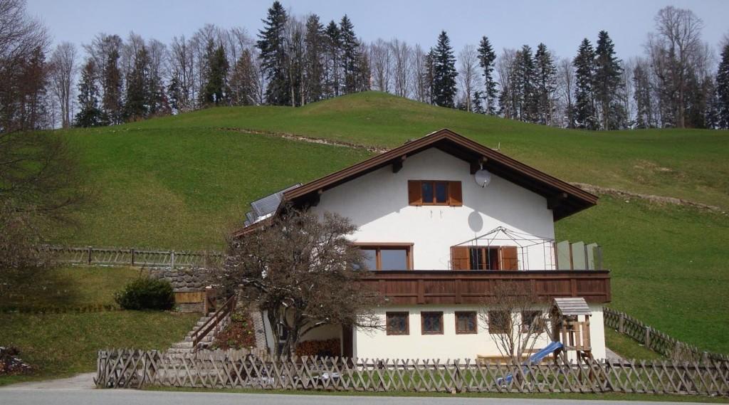 Wochenendhaus-mieten-Tirol-Aussenansicht-1300x722
