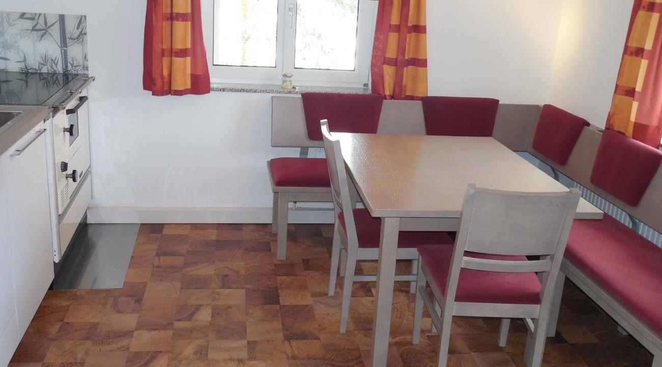 wochenendhaus mieten s ll scheffau. Black Bedroom Furniture Sets. Home Design Ideas