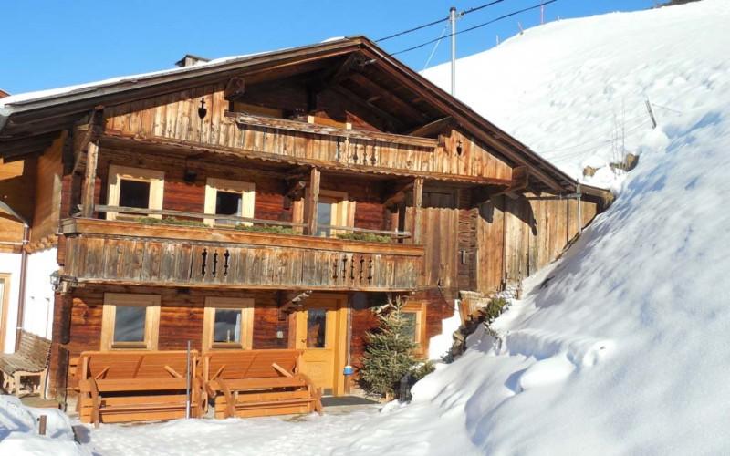 Großes Komfort Bauernhaus in sonniger Alleinlage – Nähe Fügen