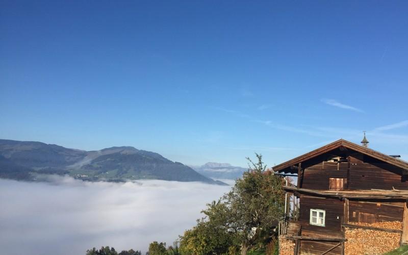 berghuette-mieten-westendorf-huettenansicht2